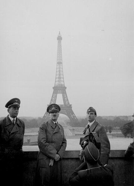 430px-Hitler_Paris